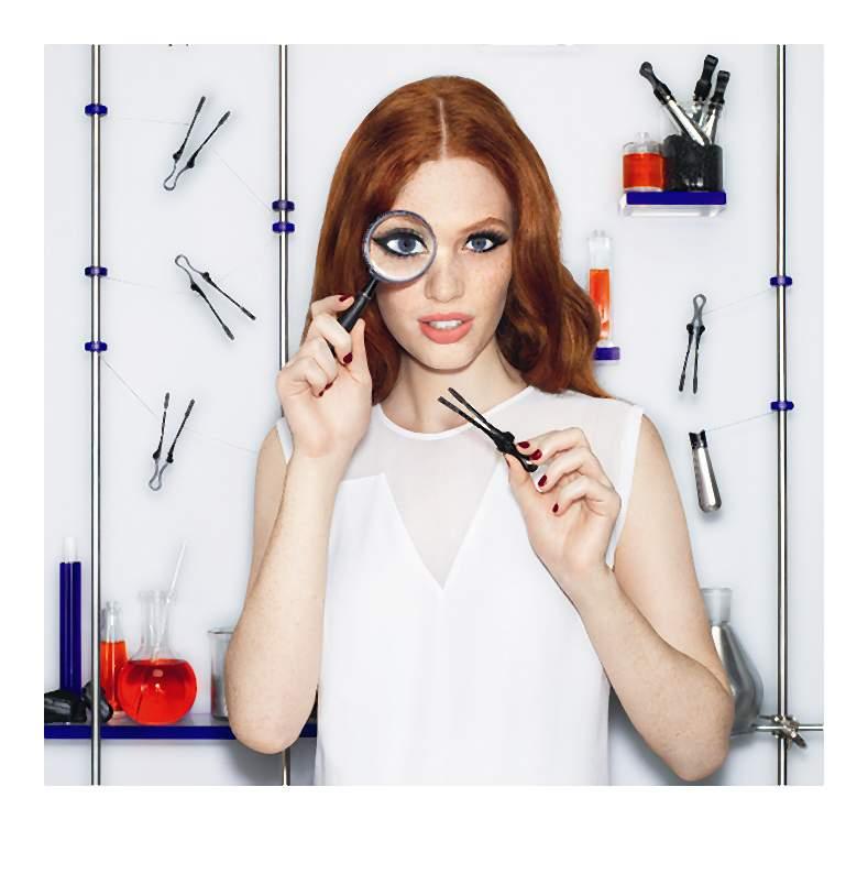 Nowinki makijażowe. Uwielbiamy rewolucje, kochamy design i kolory
