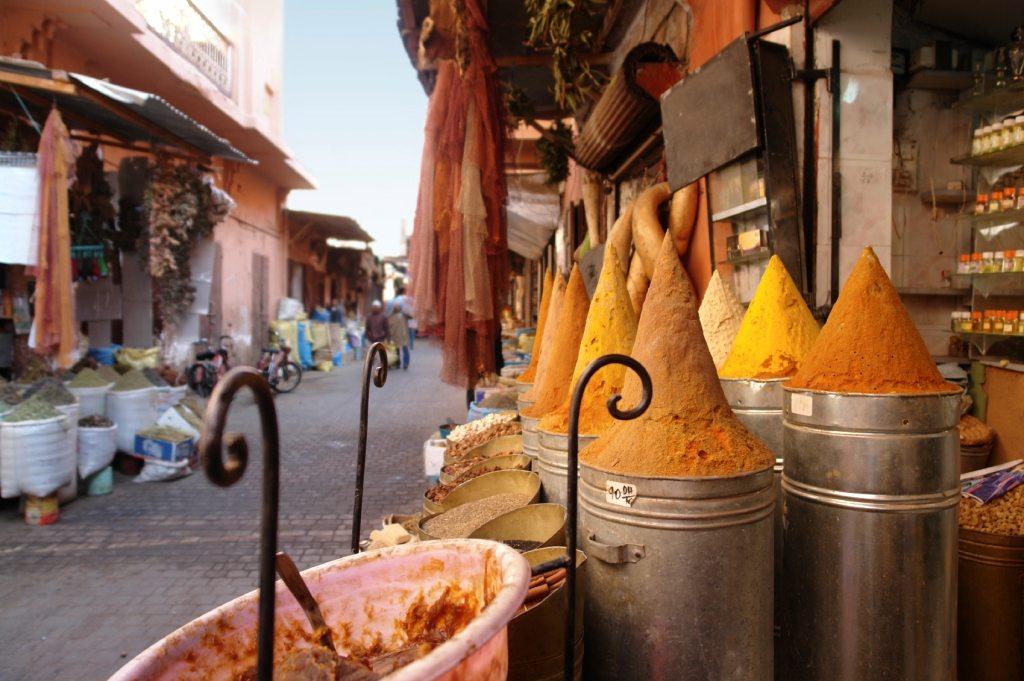 Glinka z Maroko dostarczy skórze minerałów